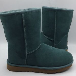 UGG Classic Short II SSH Green Suede Boots